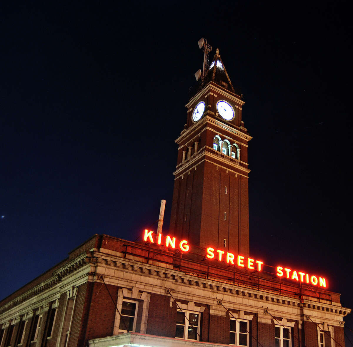 For close to half a century, Seattle's skyline was dominated by two towers: Smith Tower and the red brick clock tower of the King Street Station, modeled after the famous bell tower in Piazza San Marco in Venice,Italy.