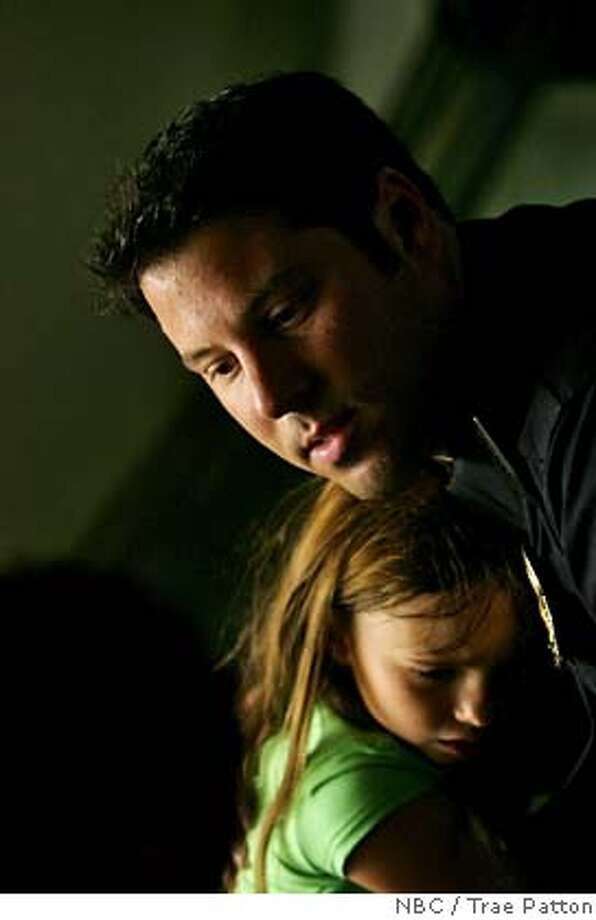 "HEROES -- ""One Giant Leap"" Episode 1003 -- Pictured: Greg Grunberg as Matt Parkman, Adair Tishler as Molly Walker -- NBC Photo: Trae Patton FOR EDITORIAL USE ONLY -- DO NOT ARCHIVE -- NOT FOR RESALE Photo: Trae Patton"