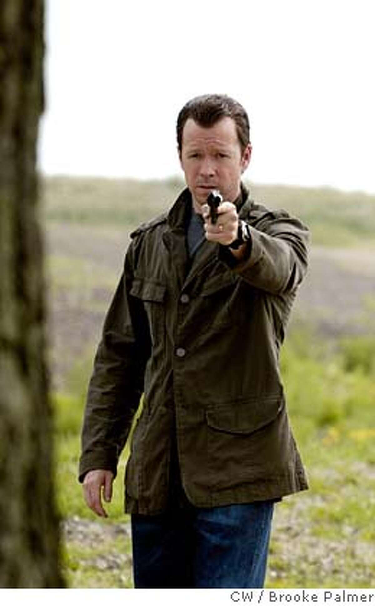 This 2006 photo, provided by The CW, shows actor Donnie Wahlberg as Paul Rader in a scene from the new network's dramatic series