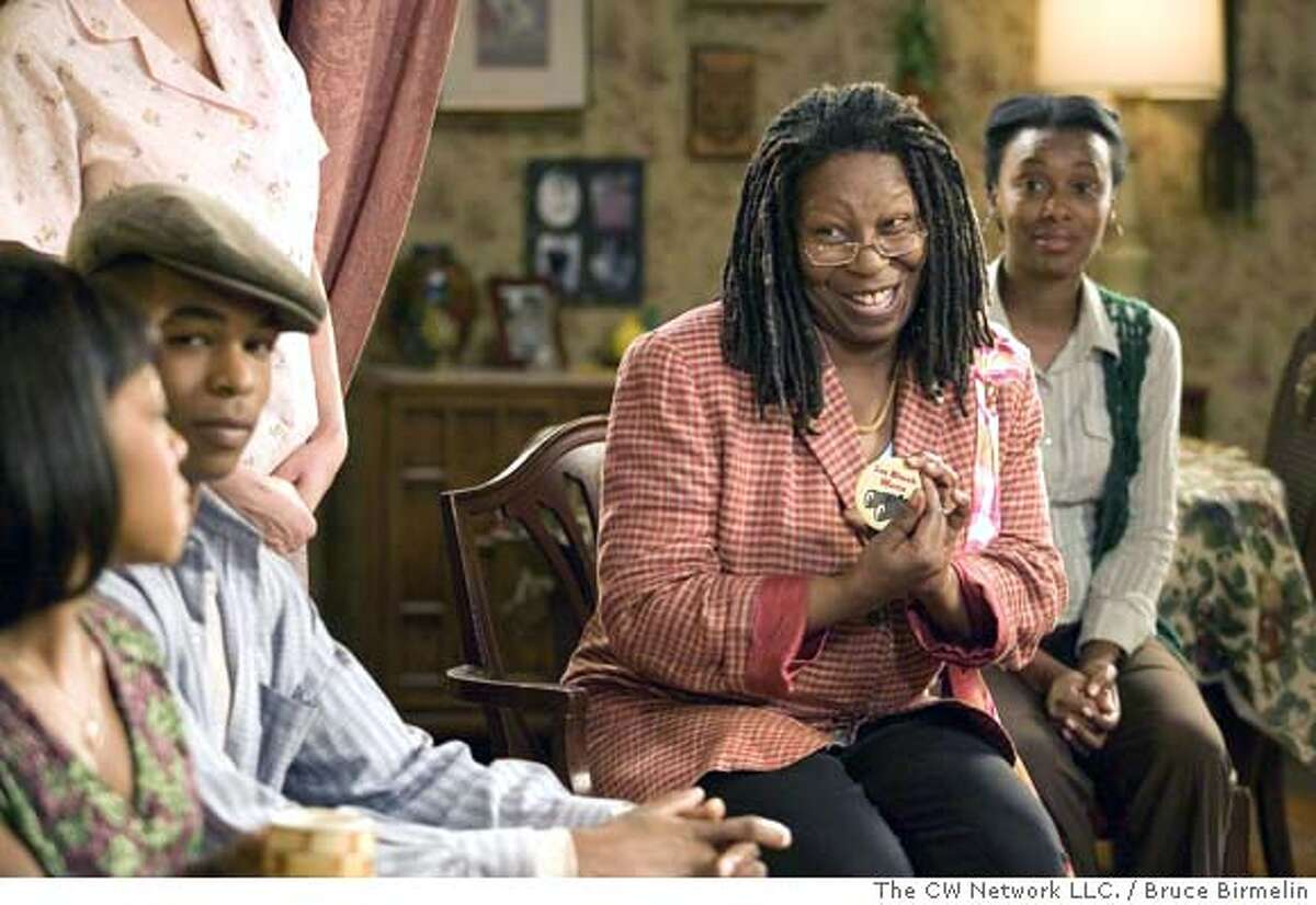 """Everybody Hates Rejection""""--(l-r) Rochelle (Tichina Arnold) and Louise (Whoopi Goldberg) in EVERYBODY HATES CHRIS on The CW. Photo: BRUCE BIRMELIN/The CW �2006 The CW Network LLC. All Rights Reserved MANDATORY CREDIT; ; NO ARCHIVE; NORTH AMERICAN USE ONLY"""