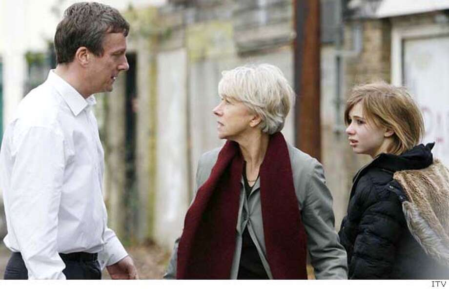 """Stephen Tompkinson (left) as Sean Philips, Mirren (center) and Laura Greenwood (right) as Philips� daughter Penny. in """"Prime Suspect 7"""" 2006 Ran on: 09-16-2007 Photo: Independent Television ITV"""