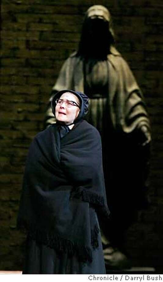 """doubt10_008_db.JPG  Cherry Jones playing Sister Aloysius performs in """"Doubt,"""" at the Golden Gate Theatre in San Francisco, CA, on Wednesday, November 08, 2006. 11/8/06 Darryl Bush / The Chronicle ** Cherry Jones (cq) MANDATORY CREDIT FOR PHOTOG AND SF CHRONICLE/ -MAGS OUT Photo: Darryl Bush"""