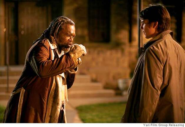Samuel L. Jackson and Josh Hartnett in Resurrecting the Champ, a Yari Film Group release.� �2007 Yari Film Group Releasing. Photo: Ho