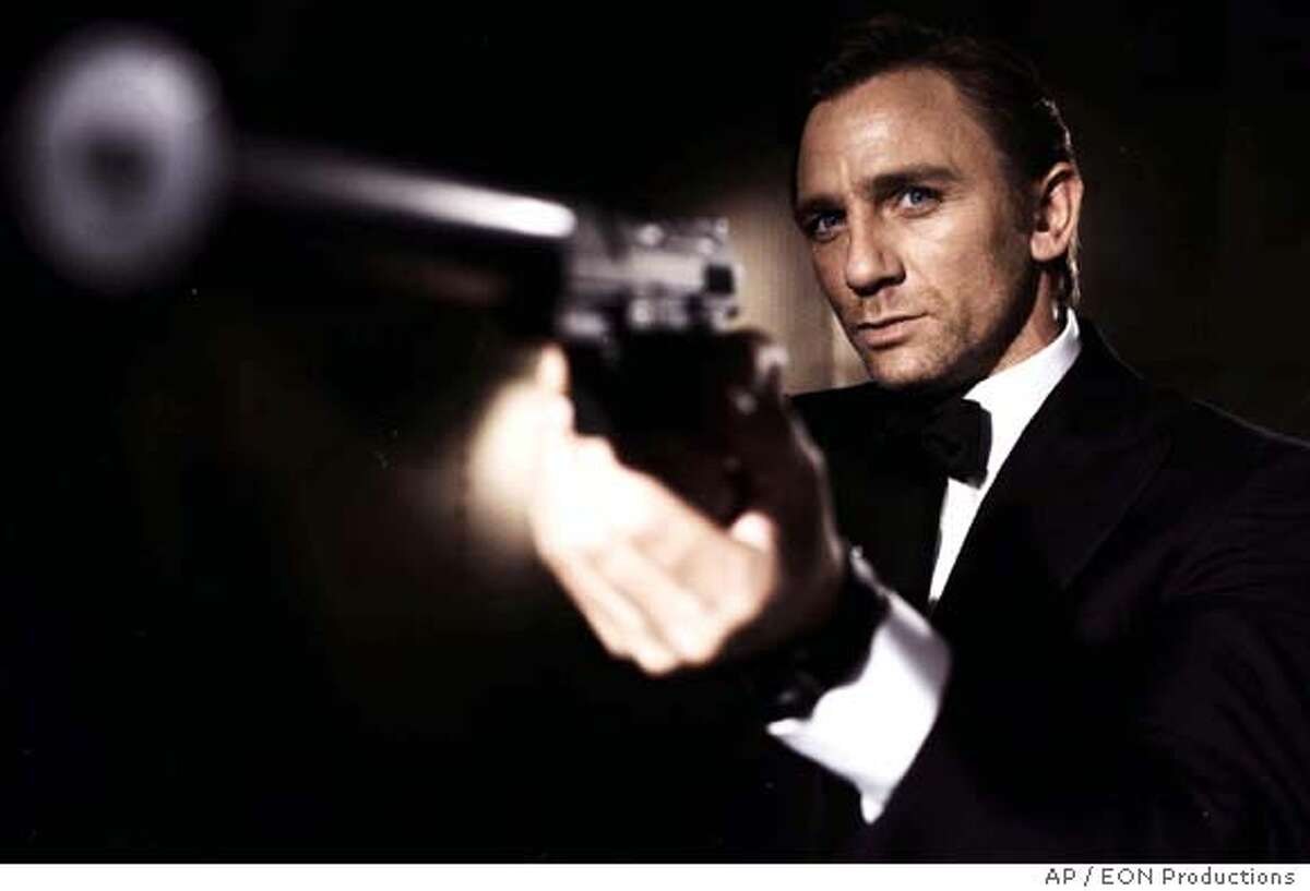 Undated handout photo issued by EON Productions on Tuesday Nov. 14, 2006 shows Daniel Craig as the latest James Bond in the new Bond film Casino Royale which will premiere in London Tuesday evening. Britain's Queen Elizabeth II and Prince Phillip will be among the audience watching Craig make his screen debut as the British secret agent 007. (AP Photo/EON Productions/PA) ** EDITORIAL USE ONLY, , NO ONLINES **