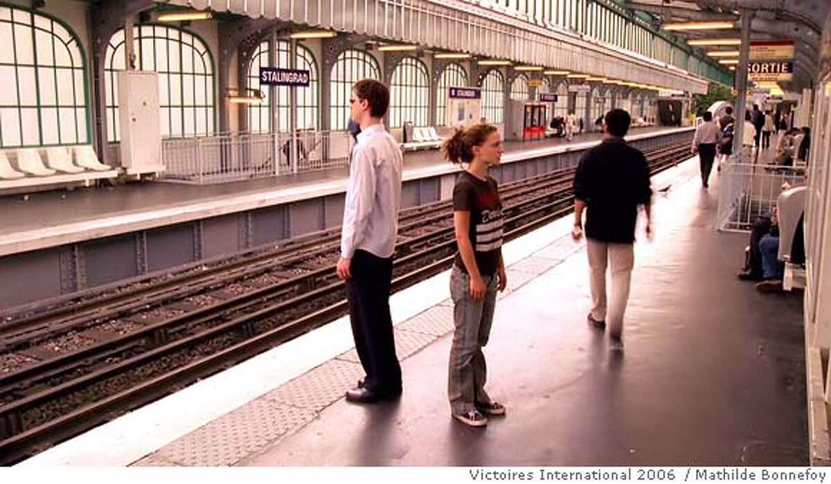 "� Natalie Portman as Francine and Melchior Beslon as Thomas in Tom Tykwer's 'Faubourg Saint Denis' segment of the movie ""PARIS, JE T'AIME"". Photo credit: Mathilde Bonnefoy, Victoires International 2006"