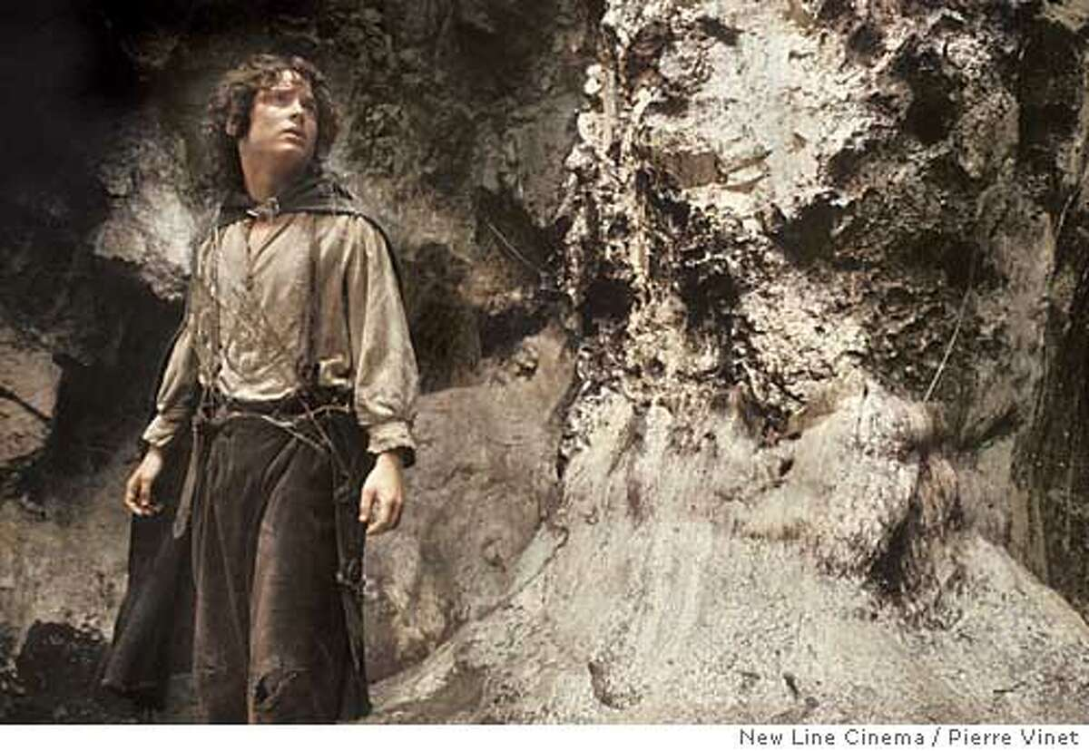 ILENAME:�dd_d8_slop_lotr3_frodo2.jpg SRC�FILE:�Chronicle_12-16-2003_ALL_Advance_Datebook_slop_lotr3_frodo2_PH.jpg CREATED:�2003-12-15 01:54:00 PM�size:�1803444 PUBLISH�DATE:�2003-12-16 PGn�INFO:�Lord of The Rings: The Return of The King SECTION:�[dd]�Datebook BYLINE:� BYLINE�TITLE:� CREDIT:�Photographer: Pierre Vinet