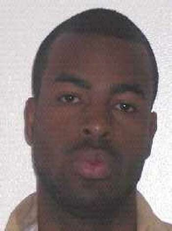 "Jeffrey ""JT"" Thomas, 26, is a Louisiana native convicted of failing to register as a sex offender in King County. He is currently wanted by the Department of Corrections. Anyone with information can contact the Department of Corrections at 866-359-1939 or by visiting doc.wa.gov. Photo: Department Of Corrections Photo"