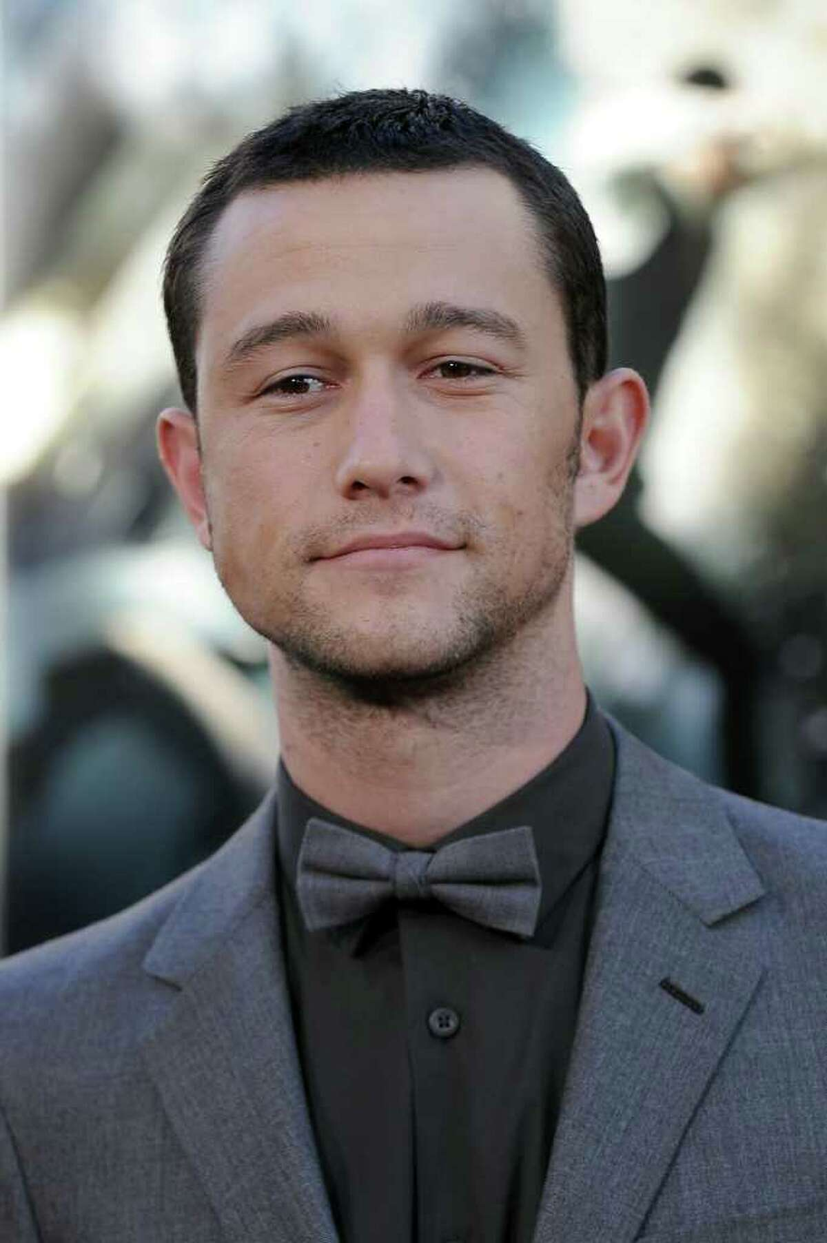 """Cast member Joseph Gordon-Levitt arrives for the premiere of """"Inception,"""" July 13 2010 at the Grauman's Chinese Theatre in the Hollywood section of Los Angeles. AFP PHOTO / Robyn BECK (Photo credit should read ROBYN BECK/AFP/Getty Images)(Photo Credit should Read /AFP/Getty Images)"""