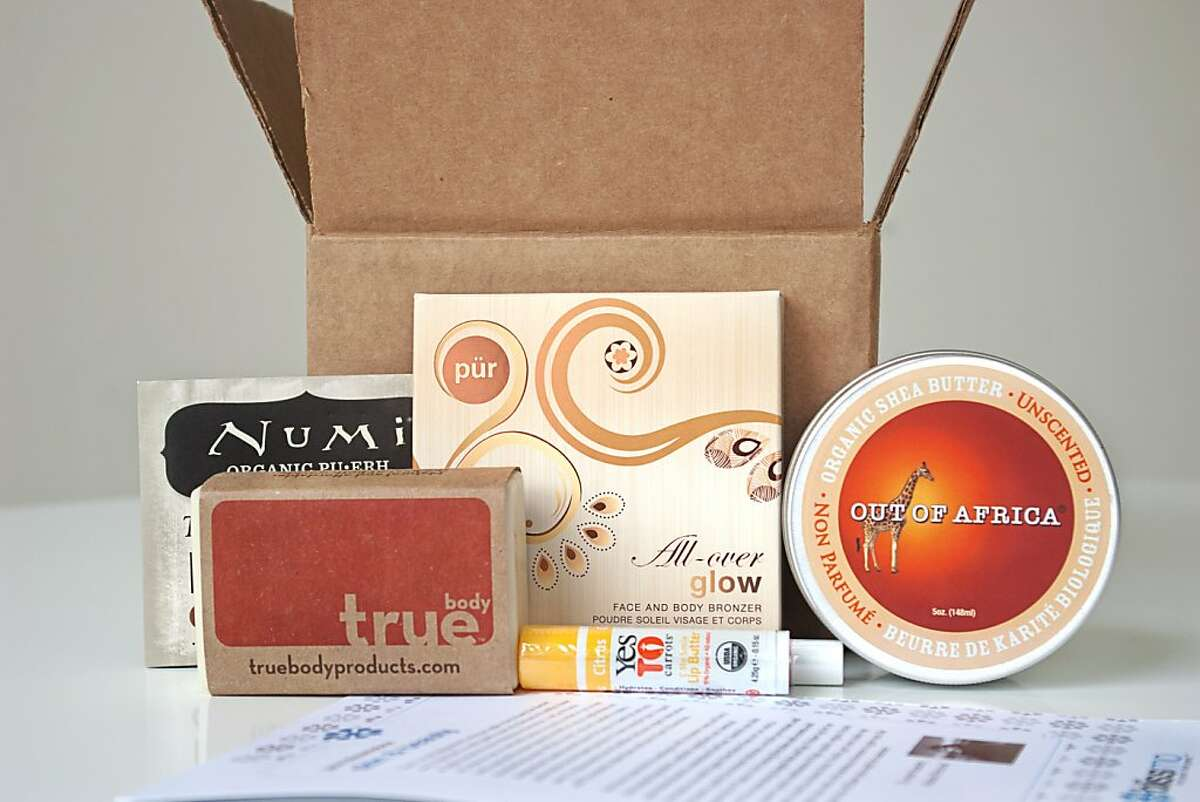 Beauty and snacks boxes form Blissmo.com, which introduces organic and eco products to shoppers at discounts of up to 70% off and through limited-edition theme boxes delivered once a month.