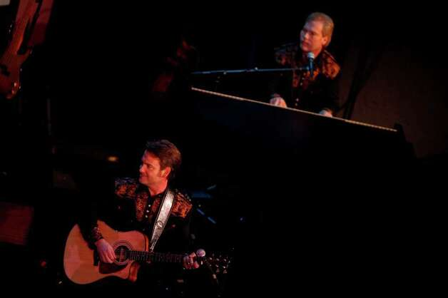 Steve Maynard (left) sings, while Jerry Maynard plays the piano (right) during San Antonio Rose Live at the Aztec Theatre on Sunday, Aug. 16, 2009. Photo: LISA KRANTZ, Express-News File Photo  / lkrantz@express-news.net