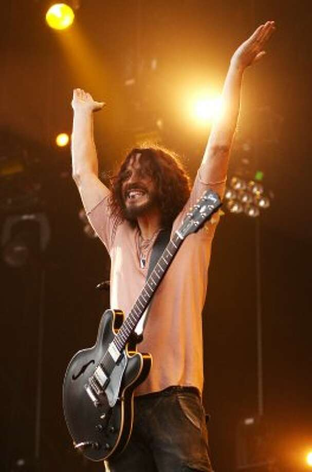 The Seattle-born Chris Cornell of Soundgarden headlined at an Obama fundraiser at the Nob Hill Masonic Temple in San Francisco.