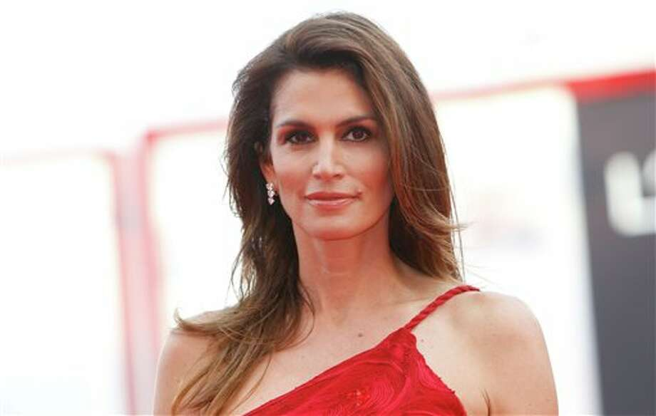 Super model Cindy Crawford still looks super.
