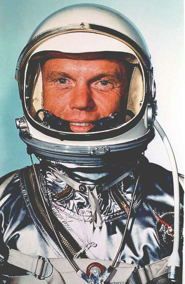 Astronaut John Glenn, Jr. is pictured fully fitted in his space suit prior to the Mercury Atlas 6 launch on February 20, 1962. Photo: NASA, Getty Images / Getty Images North America