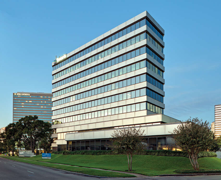 Parmenter Realty Partners purchased 2200 West Loop South, a 201,720-square-foot, Class A office building in Houston, from KBS Real Estate Investment Trust. Photo: Courtesy Photo
