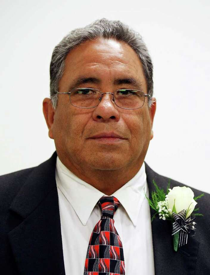 Harlandale ISD trustee Jesse (Jay) Alaniz Photo: EDWARD A. ORNELAS, SAN ANTONIO EXPRESS-NEWS / eaornelas@express-news.net