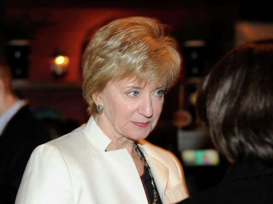 Republican U.S. Senate candidate Linda McMahon meets with area residents at SBC Restaurant & Brewery in Stamford Feb. 2, 2012. Photo: Bob Luckey, Greenwich Time File / Greenwich Time