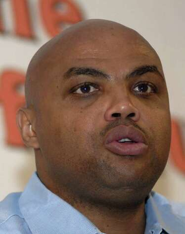 ** FILE ** In this April 4, 2007 file photo, retired NBA star Charles Barkley speaks at the Downtown Tip Off Club luncheon in North Little Rock, Ark. A prosecutor says retired NBA star Charles Barkley will face felony charges if he fails to repay a $400,000 gambling debt to a Las Vegas Strip casino. The casino alleges in court documents filed Wednesday May 14, 2008  that Barkley failed to repay four $100,000 casino markers, or loans, he received last Oct. 18 and 19. (AP Photo/Mike Wintroath, file) Photo: Mike Wintroath / AP