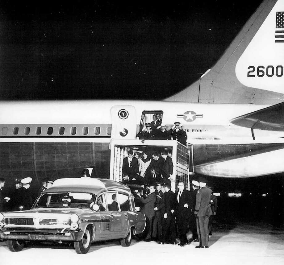 President John F. Kennedy's casket is loaded into Boeing VC-137C SAM 26000 after his assassination on Nov. 22, 1963 in Dallas. Photo: U.S. Air Force