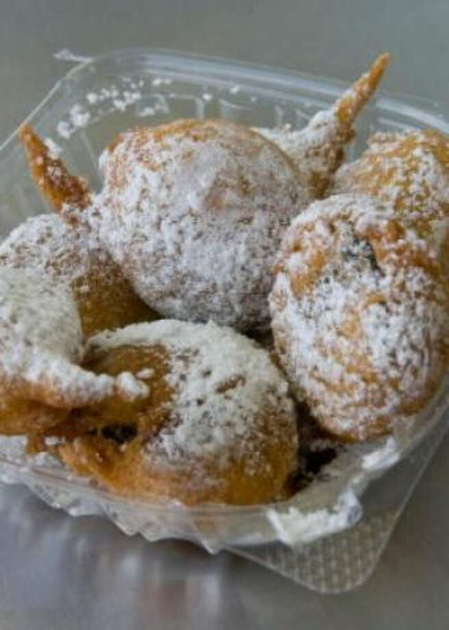 Fried Oreos from Piches Beignets.