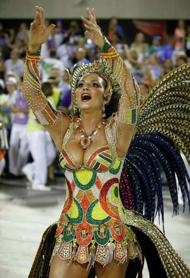 Queen of the Imperatriz samba school Luiza Brunet dances during carnival celebrations at the Sambadrome in Rio de Janeiro, Brazil, Sunday Feb. 19, 2012. (AP Photo/Victor R. Caivano) Photo: Victor R. Caivano, ASSOCIATED PRESS / Associated Press