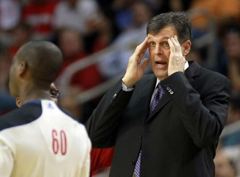Rockets head coach Kevin McHale argues with a ref about a non-call during the third quarter. (Nick d