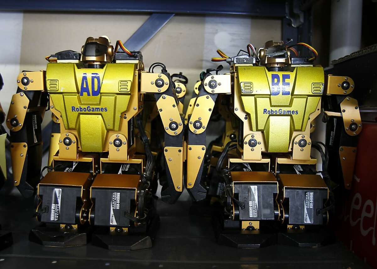 RoboGames robots at the ready in couples garage. Robotics educator David Calkins and his wife Simone Davalos are getting ready in their Mill Valley, Calif. home for two robot Bay Area events this year: BarBot and RoboGames.