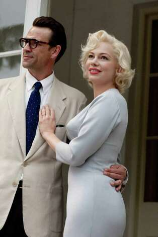 Dougray Scott as Arthur Miller and Michelle Williams as Marilyn Monroe in Simon Curtis's film MY WEEK WITH MARILYN.    Photo by:   Laurence Cendrowicz/ The Weinstein Company Photo: The Weinstein Company / 2011 THE WEINSTEIN COMPANY