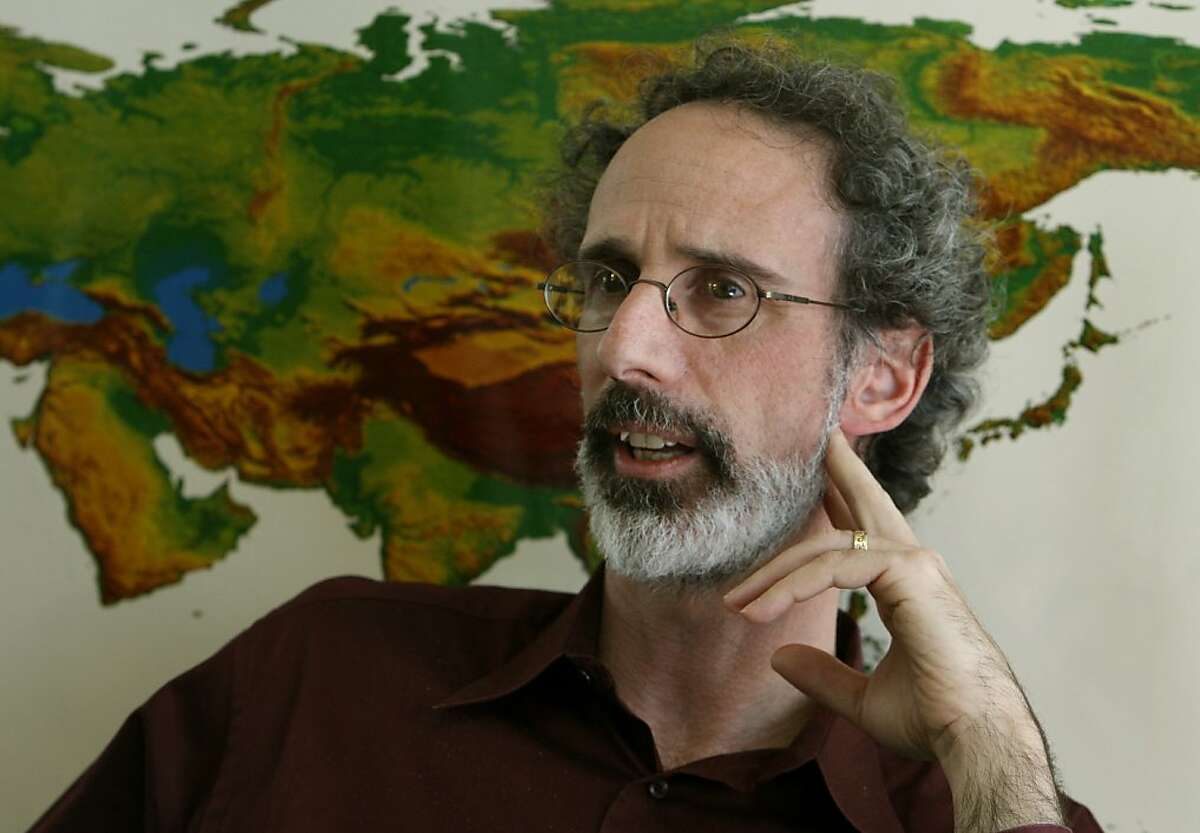 Peter Gleick, president of the Pacific Institute and one of the world's leading experts on freshwater, sits in his Preservation Park office in Oakland, Calif., on Wednesday, Jan. 14, 2009.