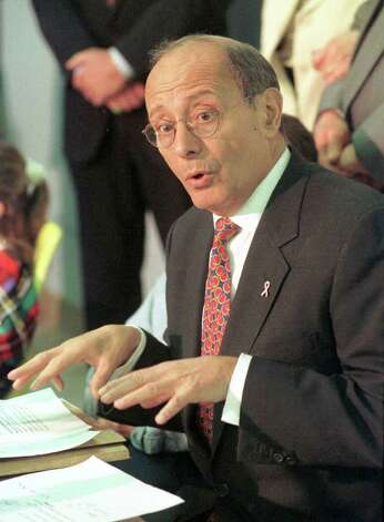 Former Sen. Alfonse D'Amato, R-New York, speaks at a news conference in Albany, N.Y., in this April 8, 1998, file photo. Photo: TIM ROSKE, AP / AP