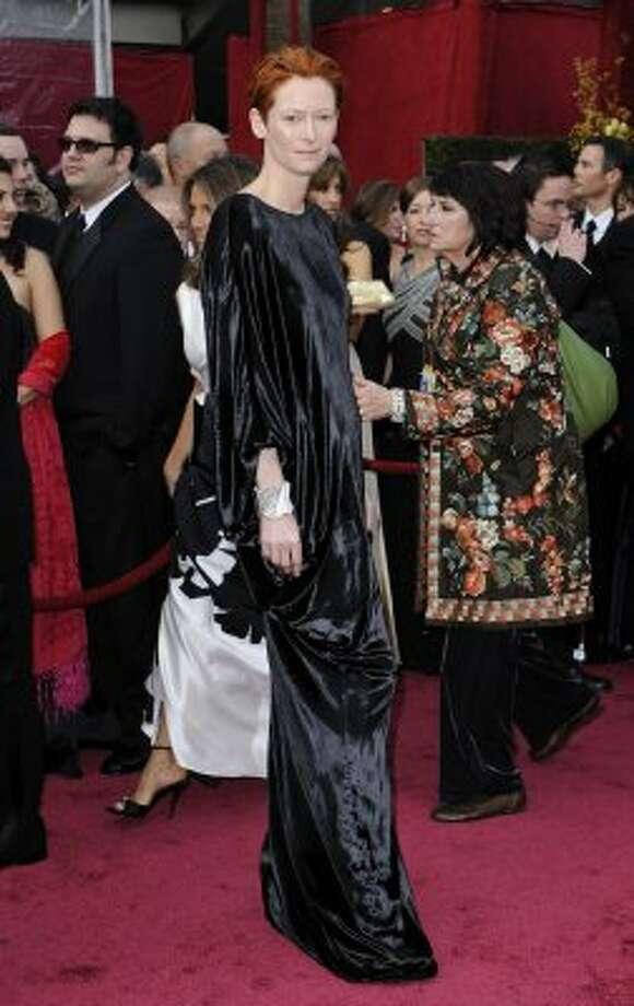 Tilda Swinton wore a Hefty trash bag to the Oscars in 2008. At least, she didn't litter.(AP Photo/Kevork Djansezian) (Kevork Djansezian / AP)