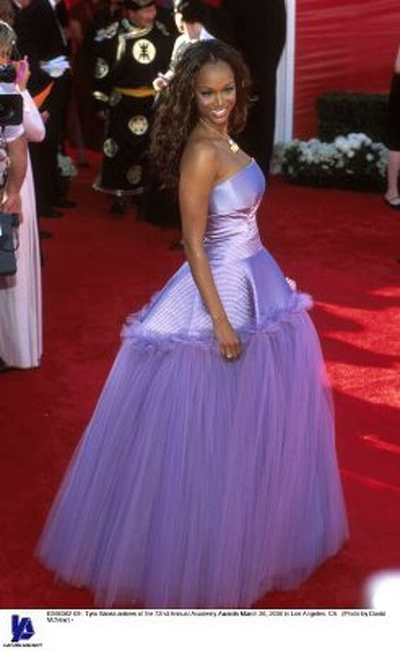 Poor Tyra Banks goes bankrupt in this fairytale mess of a dress in 2000 at the Oscars. (Photo by David McNew) (Getty Images)