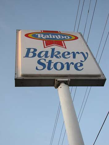 The Sara Lee Bakery store is a discount bakery store. Photo: Stephanie Wright Hession