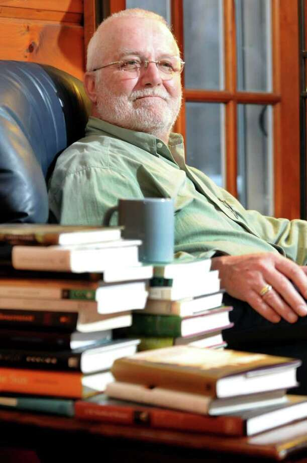 a literary analysis of the novel by russell banks A literary analysis of the sweet hereafter  topics: russell banks  in the sweet hereafter- a novel by russell banks- after a terrible bus crash occurs, resulting .