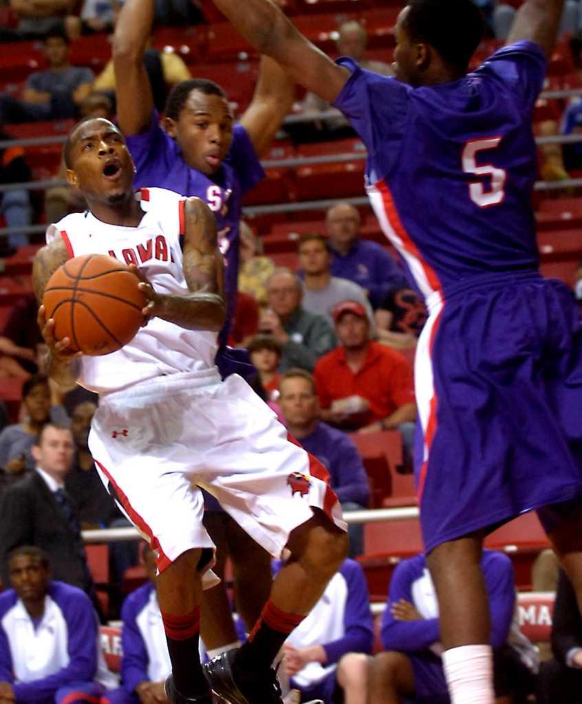 Las Vegas Apt Guide: Knight Blasts Lamar Seniors After Loss To SFA
