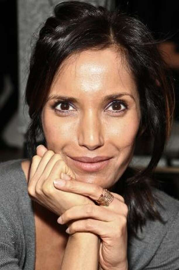 Top Chef host Padma Lakshmi was not married when she got pregnant and kept the identity of her daughter's father secret for some time.  (Chelsea Lauren / Getty Images)