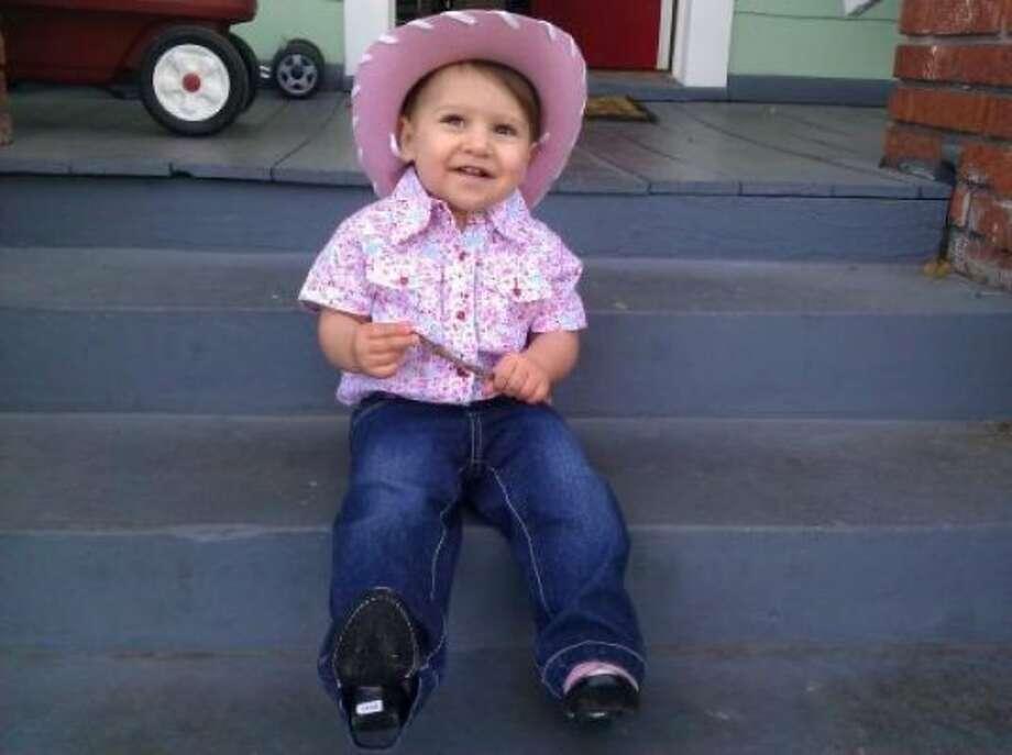 Pretty in pink cowgirl (Gonzodad / chron.com)