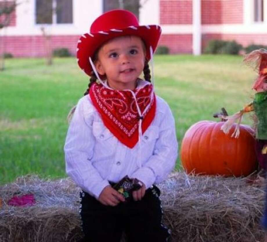 Little Cowgirl (Thouton / chron.com)