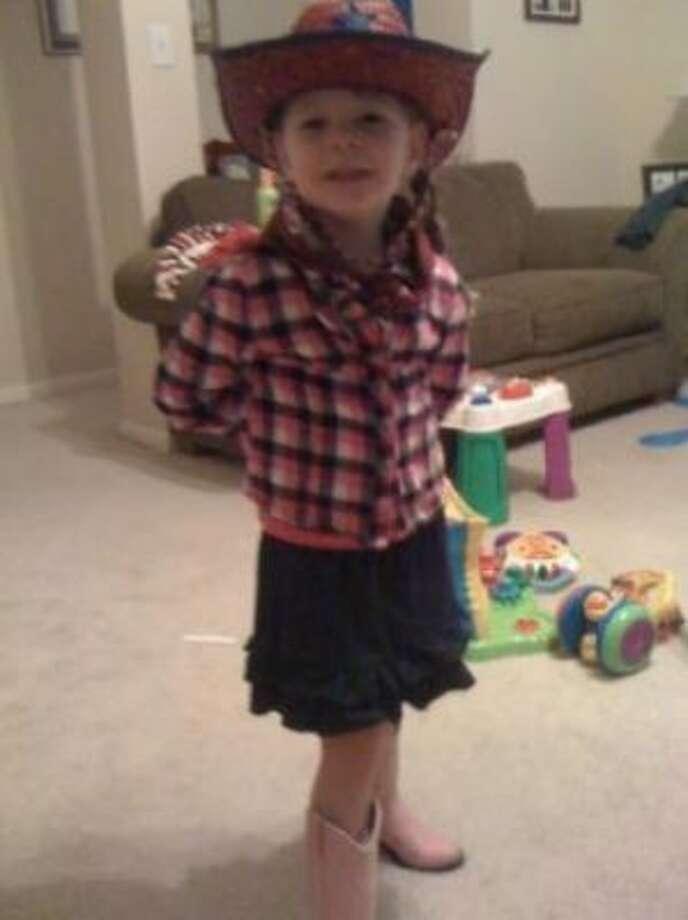 Go Texan Day- My Cowgirl! (Jeraoranginx / chron.com)