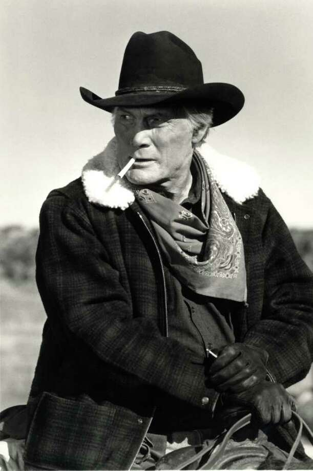 """Jack Palance turned in a workman-like performance of """"Green, Green Grass of Home."""" / AP"""