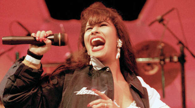 Tejano music singer Selena performing at the Houston Livestock Show and Rodeo on February 27, 1994.  Photo: D. Fahleson, Houston Chronicle / Houston Chronicle