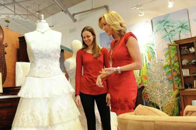Lara spencer wedding ring wedding dress collections for Wedding dress cleaning atlanta
