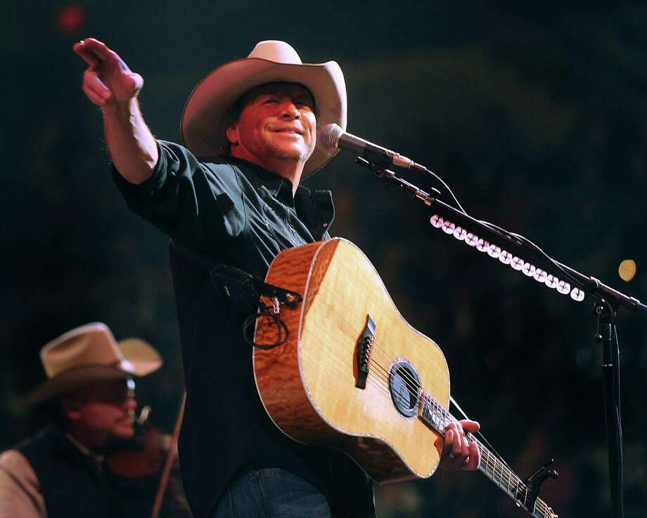 Country music superstar Alan Jackson performs during the San Antonio Stock Show and Rodeo on Thursday, Feb. 23, 2012. Billy Calzada / San Antonio Express-News Photo: Billy Calzada, San Antonio Express-News / San Antonio Express-News