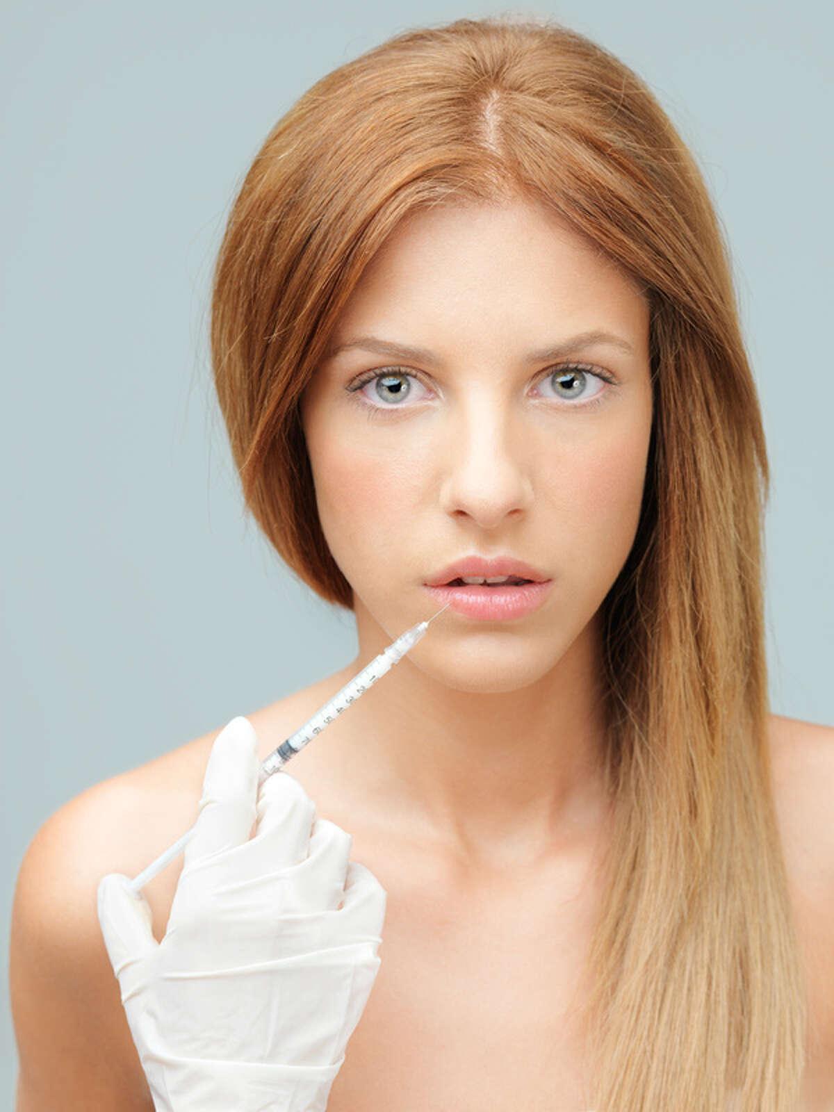 Quienes venden productos con colágeno afirman que su consumo puede ayudar a mantenerte joven y saludable.
