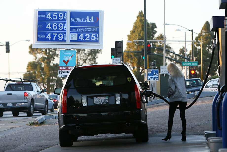 A gas station at the corner of Junipero Serra Boulevard and 19th Avenue sells regular gas at $4.59 on Feb. 24, 2012. Photo: Erik Verduzco, The Chronicle