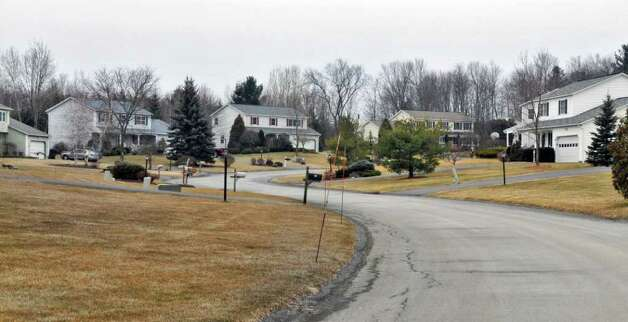 Park Lane Estates neighborhood in Clifton Park  (John Carl D'Annibale / Times Union) Photo: John Carl D'Annibale