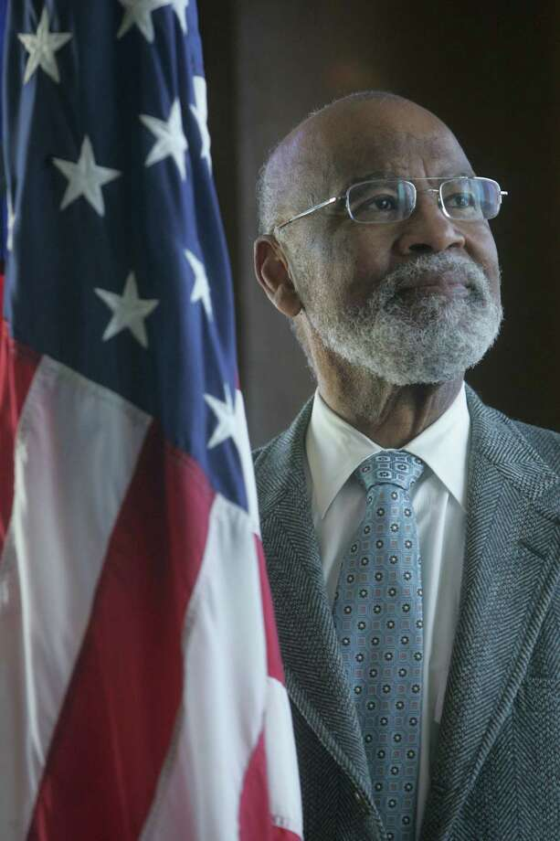Judge Thelton Henderson, the U.S. Justice Department's first black attorney, recruited minorities to Stanford Law School. Photo: Mike Kepka / The Chronicle / The Chronicle