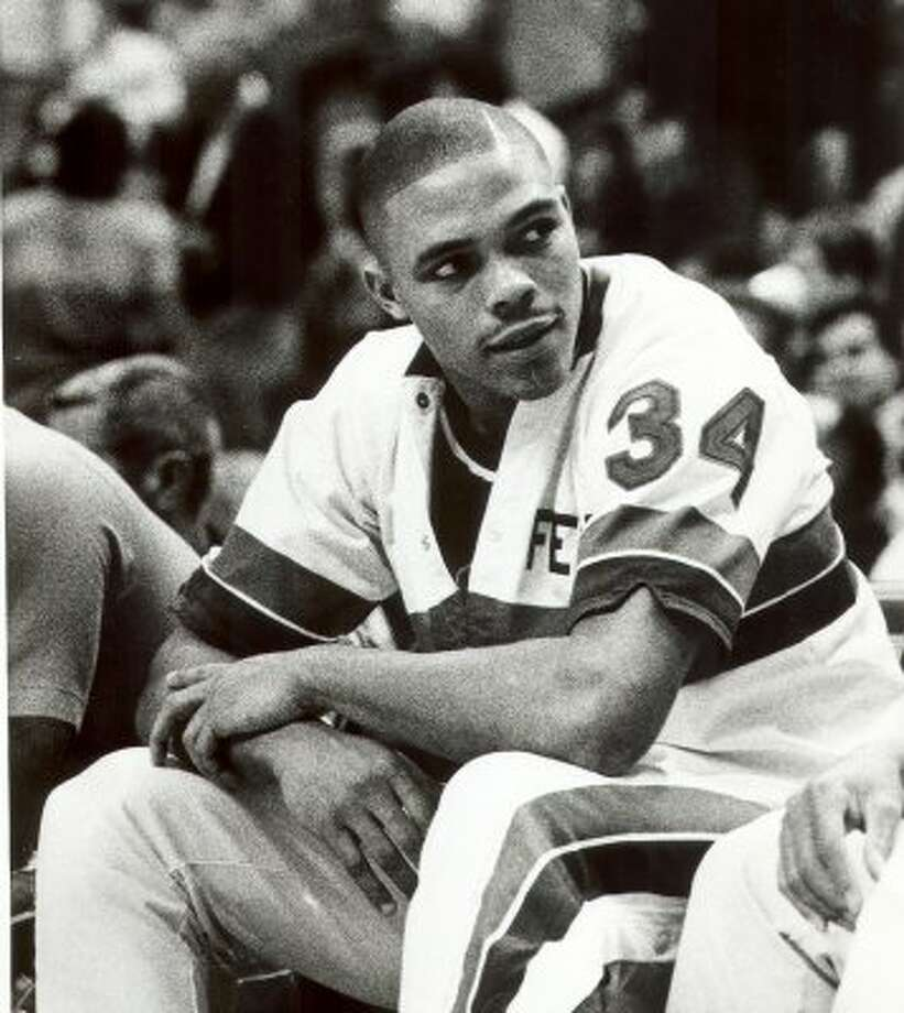 Fennis Dembo, Fox Tech: Scored four points in one minute for Detroit at Phoenix on Nov. 18, 1988. Dembo averaged 1.2 points in 31 career games. (Associated Press file photo)