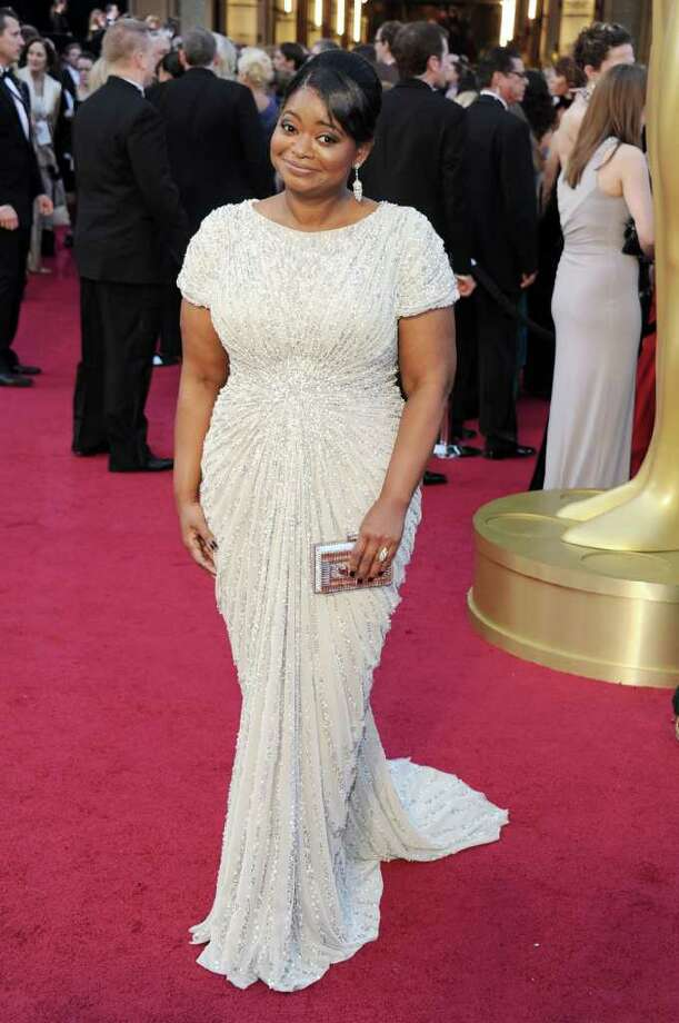 Octavia Spencer showed off her curves in a Tadashi Shoji beaded gown Photo: Michael Buckner, Staff / 2012 Getty Images
