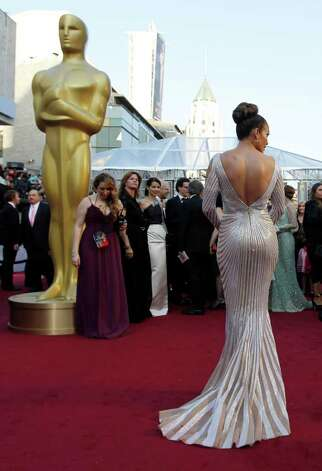 Jennifer Lopez arrives before the 84th Academy Awards on Sunday, Feb. 26, 2012, in the Hollywood section of Los Angeles. Photo: Chris Carlson, AP / AP