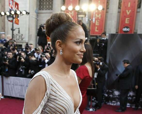 Jennifer Lopez arrives before the 84th Academy Awards on Sunday, Feb. 26, 2012, in the Hollywood section of Los Angeles. (AP Photo/Chris Carlson) (AP)